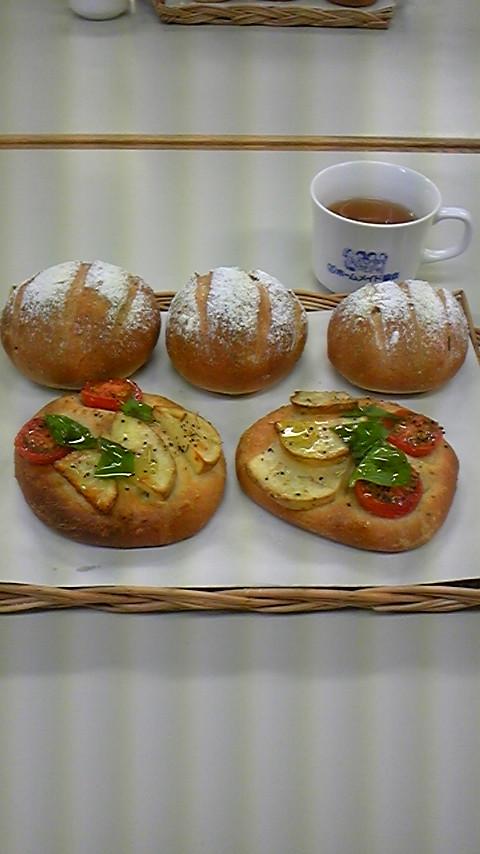 パン作り体験レッスンに行って来ました。