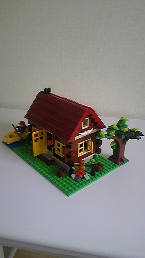 レゴブロックのお家